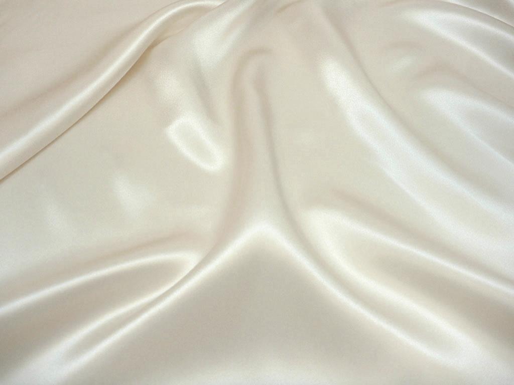Tkanina jedwabna satyna w kolorze białym kremowym