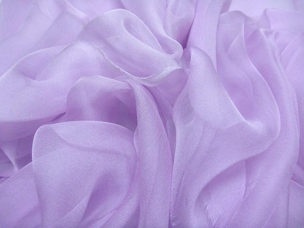 Tkanina jedwabna szyfon mgiełka w kolorze fioletowym