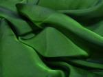 Tkanina jedwabna szyfon opalizujący zieleń skoszonej trawy w cieniu